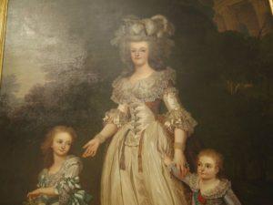 マリーアントワネットと二人の子どもの幸せそうな肖像画