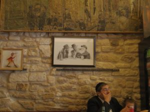 イスラエル料理レストランの中の風景